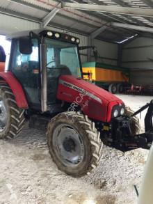 tracteur agricole Massey Ferguson MF5445