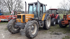 tractor agricol Renault 106 54