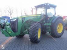 tracteur agricole John Deere 8360 R