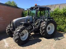 tracteur agricole Valtra A95