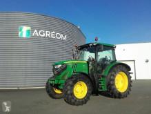 селскостопански трактор John Deere