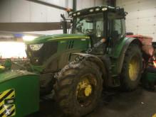 John Deere 农用拖拉机