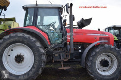 Massey Ferguson 8250 农用拖拉机