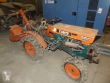 tractor agricol Kubota B6000 DT