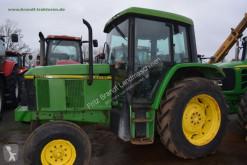 tractor agrícola John Deere 6100