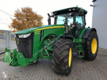 John Deere 8360R 农用拖拉机