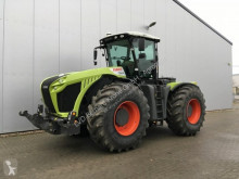 tracteur agricole Claas Xerion 4000