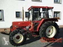 zemědělský traktor Case IH 833