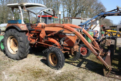 tracteur agricole Renault 89