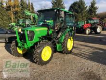 landbrugstraktor John Deere 5050 E