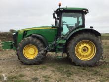 John Deere 8335R 农用拖拉机