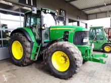 zemědělský traktor John Deere 7430