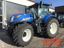 zemědělský traktor New Holland