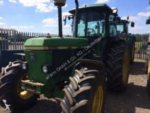 Bekijk foto's Landbouwtractor John Deere 3050