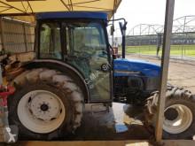 Vedere le foto Trattore agricolo New Holland