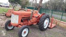 Vedere le foto Trattore agricolo Massey Ferguson