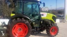 Vedere le foto Trattore agricolo Claas Nexos 230F