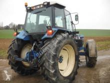 Voir les photos Tracteur agricole Ford 8240