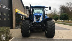 Vedeţi fotografiile Tractor agricol New Holland T7030
