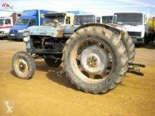 Vedere le foto Trattore agricolo Ebro 48 pour pièces détachées