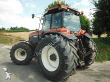 Voir les photos Tracteur agricole New Holland G190