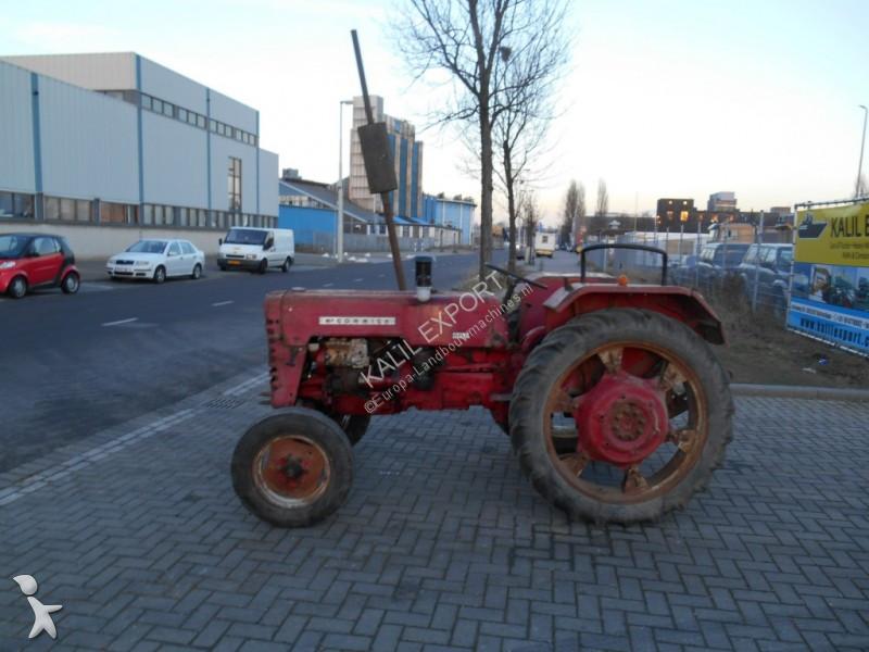 tracteur agricole mc cormick international d430 occasion. Black Bedroom Furniture Sets. Home Design Ideas
