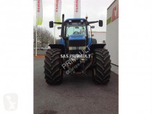 Voir les photos Tracteur agricole New Holland TM 190