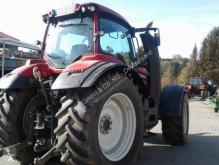 Voir les photos Tracteur agricole Valtra