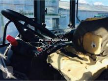 Vedeţi fotografiile Tractor agricol New Holland M100