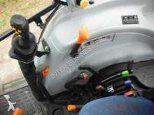 Voir les photos Tracteur agricole New Holland T5050
