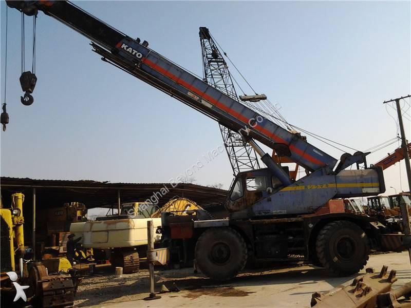 Kato KR25H crane