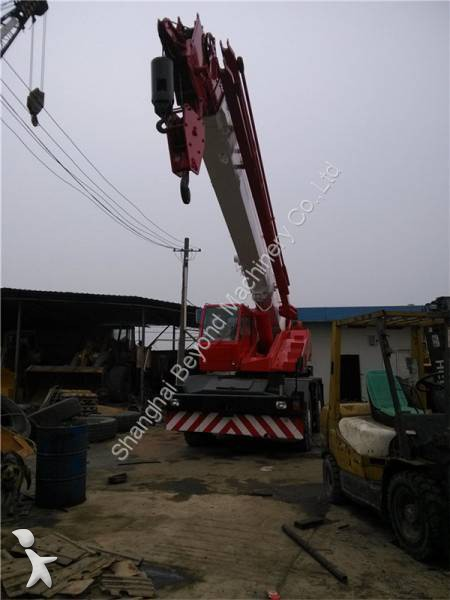 Tadano TR250M crane