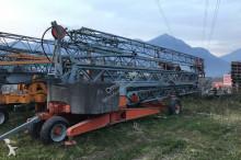 FB self-erecting crane