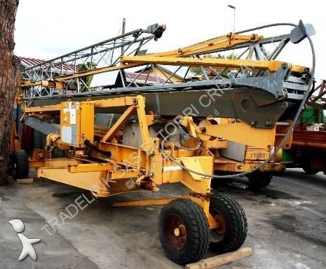 Potain HD 12 A crane