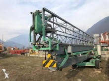 Alfa self-erecting crane