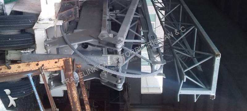 Saez H 32 crane