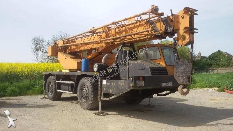 Grue Pinguely INT18