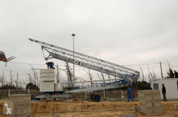 Soima self-erecting crane
