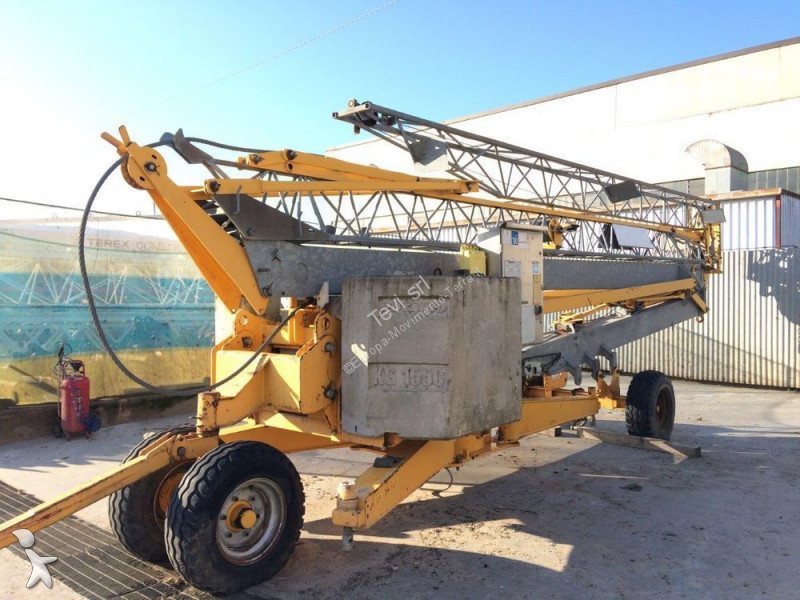 Potain HD11 crane