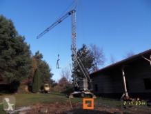 n/a self-erecting crane