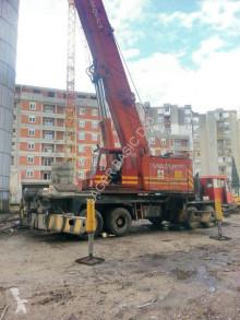 Lokomo mobile crane