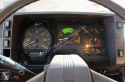 Vedeţi fotografiile Automacara Tadano AR300E