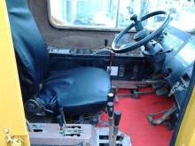 Vedeţi fotografiile Automacara Kato KR35H
