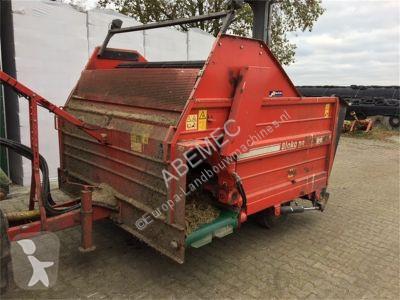 Zobaczyć zdjęcia Urządzenia do hodowli zwierząt Trioliet Blokomat blokkenwagen