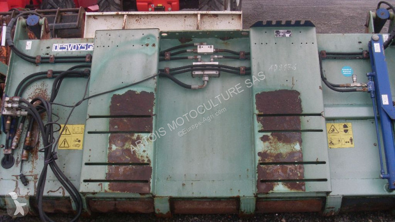 Zobaczyć zdjęcia Urządzenia do hodowli zwierząt Desvoys NC
