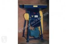 nc Agjat Schrotmühle/Grain Grinder Crusher Machine/ŚRUTOWNIK WALCOW neuf