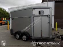 rimorchio van per trasporto di cavalli usato