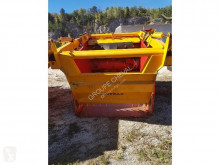 View images Gyrax 2902 livestock equipment