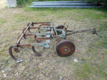 n/a X 8 agricultural implements