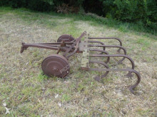 n/a X 7 agricultural implements